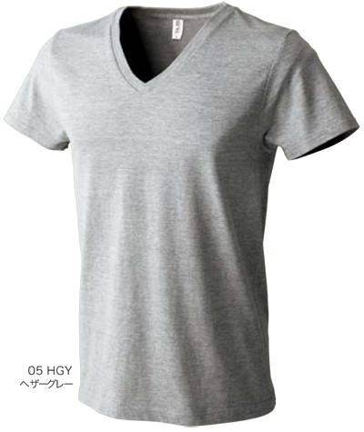 ヘザーグレーのVネックTシャツ