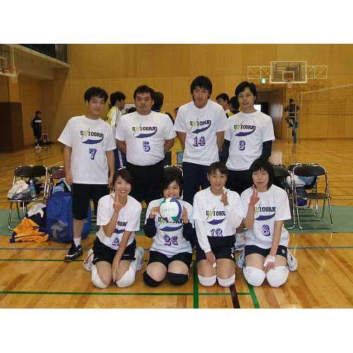 バレーボールチームの昇華プリントオリジナルTシャツ