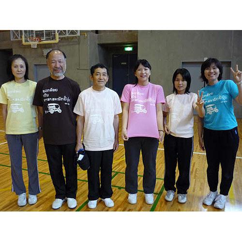 ラオス国のサークルのオリジナルTシャツ