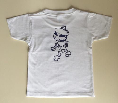 ジュニアサイズのホワイトTシャツ背中にヤッコのプリント